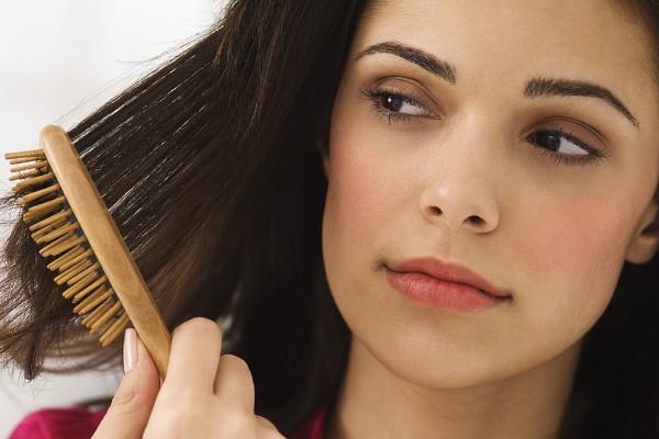 Mimar el cabello todos los días