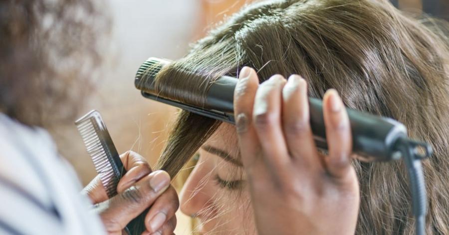 ondas perfectas con una plancha de pelo