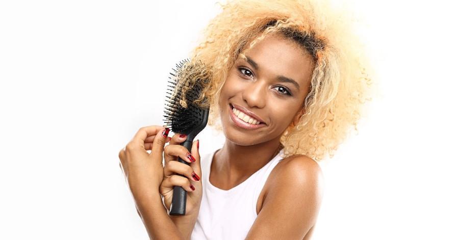 Peines recomendados para desenredar el pelo rizado